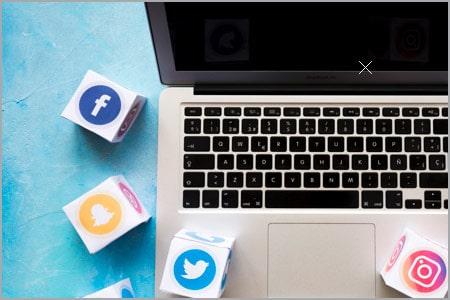 social_media(1)